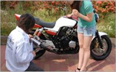 事故車バイクを売る